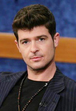 Intern Robin Thicke